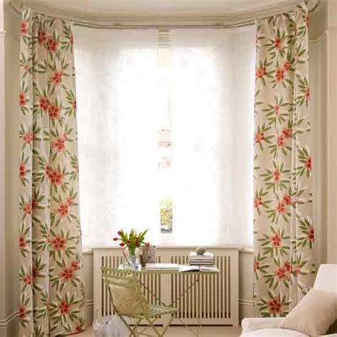 how to dress a window without curtains how to dress a bay window