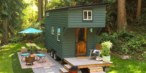 Bathroom Remodel Ideas On A Budget This Tidy Tiny Home Actually Has Room For You And A Guest