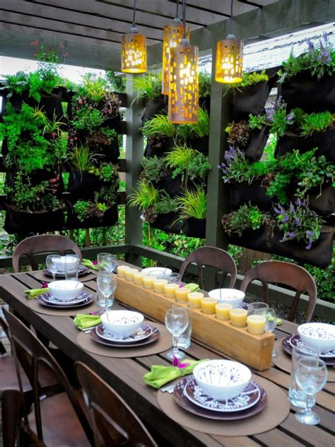 Planter Ideas For Small Spaces by 10 Space Saving Planter Ideas For Your Small Balcony