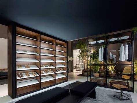 storage dressing room walk  wardrobes  porro