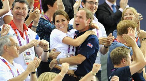 will and kate her royal hugness kate and wills pda is golden