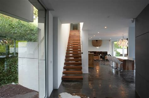 Interior Design Stairs And Landing by Stair Design For Small Spaces For Small Stairs