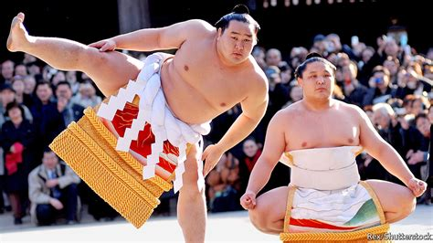 Bor Sumo why are not allowed in sumo rings even to save a stoutly sexist