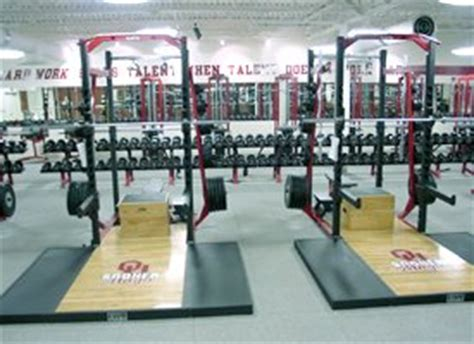 weight room okc oklahoma athletics jerry schmidt s slogan is easy to spot in ou s weight room
