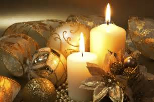 beautiful christmas candles for decorating your home 7 front door christmas decorating ideas hgtv