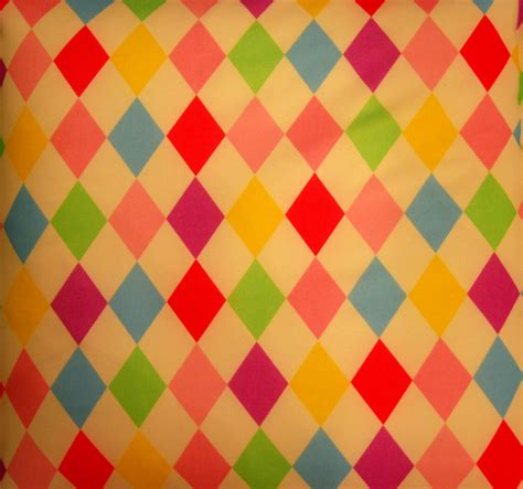 Harlequin Pattern Meaning | the buzz on antiques word of the day harlequin