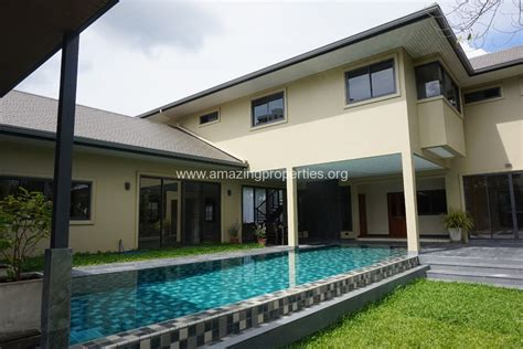 house with 5 bedrooms phrom phong 5 bedroom house with pool amazing properties