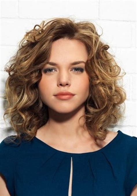 medium wavy hairstyles 2016 medium curly hairstyles 2016