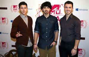 Jonas Brothers Break Letter jonas brothers say goodbye in touching letter confirm break v won