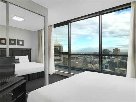 Meriton Serviced Appartments by Meriton Serviced Apartments Cbell Sydney
