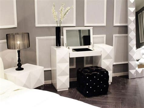 Bedroom Mirrors With Lights Bedroom Mirror With Lights Vanity Makeup Mirrors White Makeup Vanity With Lights Interior