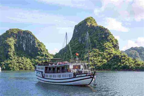 junk boat trips halong bay halong bay junk cruise intrepid travel nz