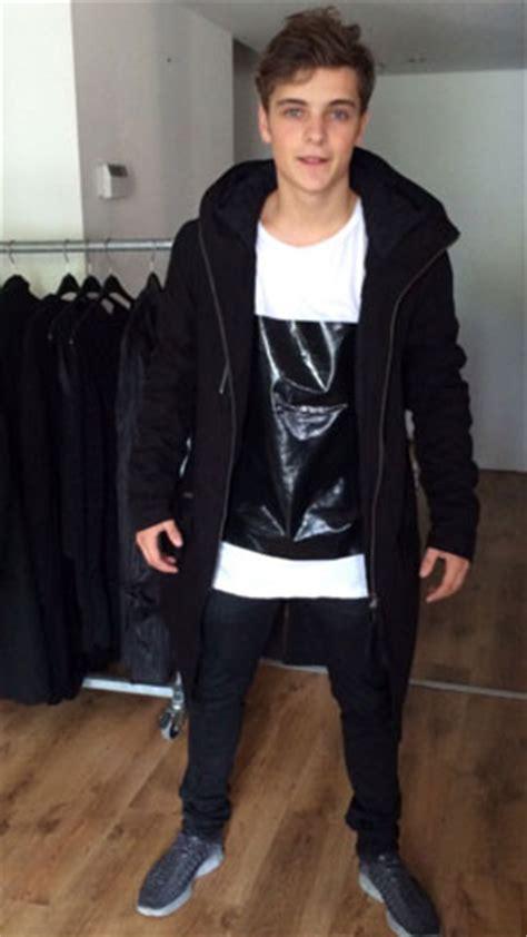 Sweater Martin Garrix Text shop streetwear en high end fashion dressnocode nl