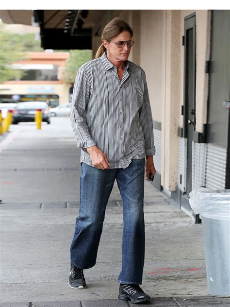 latest on bruce jenners transition bruce jenner s sex change did he actually become a woman