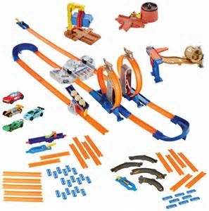 HOT WHEELS® TRACK BUILDER Mega Gift Set   Shop Hot Wheels