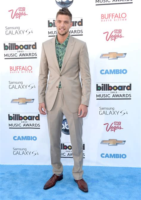 chandler parsons hairstyle chandler parsons men s suit chandler parsons looks