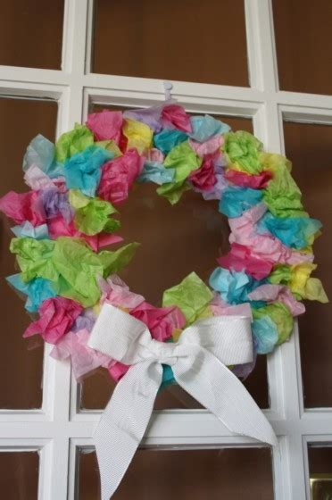 How To Make A Tissue Paper Wreath - tissue paper easter wreath for toddlers happy hooligans
