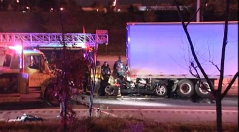 on bishop ford 2 killed in crash on bishop ford expressway nbc chicago