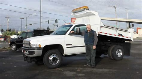 Town and Country Truck #5770: 2001 Dodge Ram 3500 4x4 One