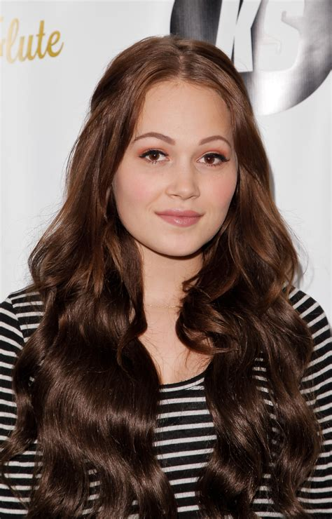 kelli berglund see the lab rats star s hilarious