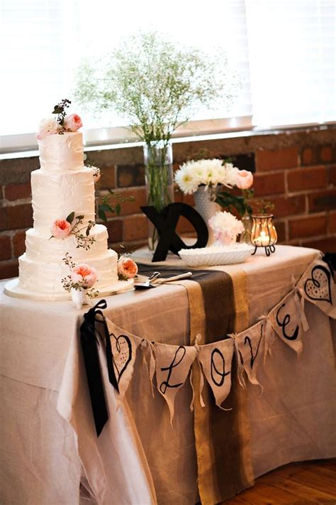 wedding cake table 2 best 25 wedding cake table decorations ideas on