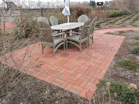 simple backyard patios simple modern brick patio designs brick patio designs for
