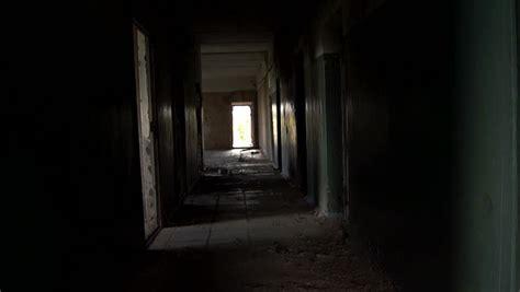 rooms doors horror kompletlsung bandoned dark scary long corridor hallway dolly slider
