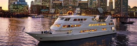 new years eve boat cruise chicago boston nye parties 2019 new year s eve cruise hot ticket