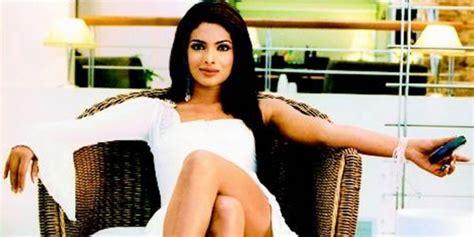 aitraaz movie priyanka chopra priyanka chopra to make her bollywood comeback with