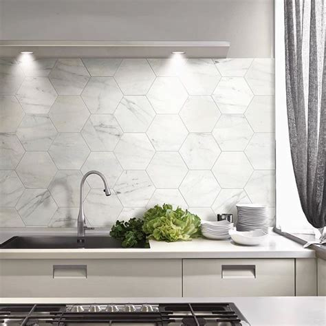 kitchen tiled splashback ideas 25 best ideas about kitchen splashback tiles on