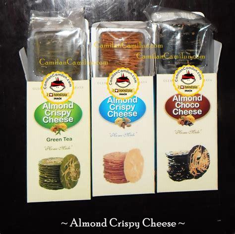 Almond Choco Cheese Wisata Rasa almond crispy cheese oleh oleh khas surabaya