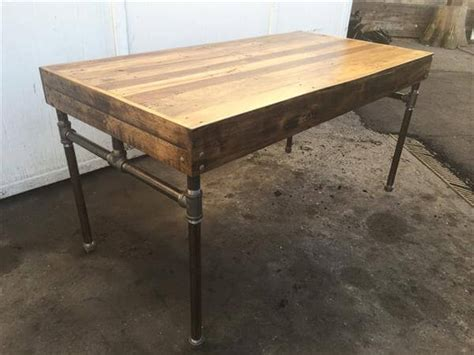 wood and pipe desk wood pallet desk with iron pipe base 101 pallets