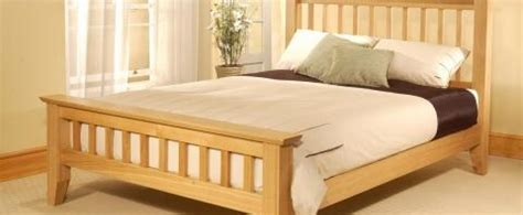 Bed Guhdo King Size wooden beds the bed post