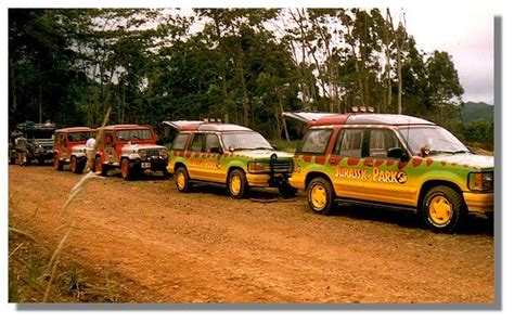 jurassic world jeep scene 646 best images about jurassic park on pinterest