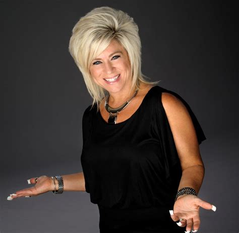 theresa caputo past lives theresa caputo the long island medium coming to hershey