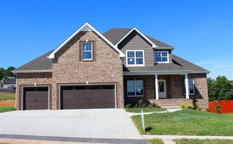 houses with garages houses for sale with 3 car garages in clarksville tn