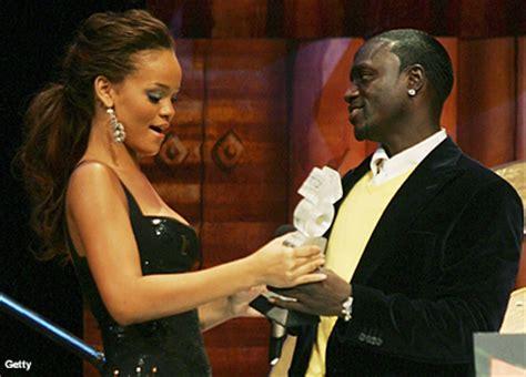 Rihanna Emergency Room by Swagged Up Rihanna Emergency Room Feat Akon