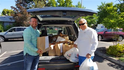 Jackson County Food Pantry by Jackson County S Windermere Launches Food Drive
