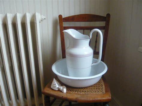bathroom jug and bowl set french enamel jug and bowl set