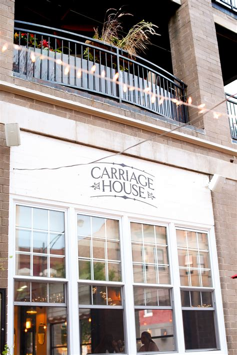 carriage house chicago chicago eats carriage house formento s the hton social kelly in the city