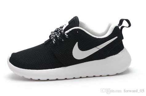 black and white nike running shoes for nike shoes for black and white thehoneycombimaging co uk