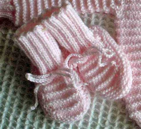 free garter stitch baby knitting patterns baby booties archives free baby knitting