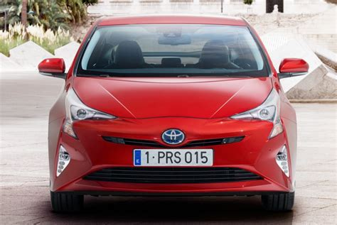 Toyota Prius Recalls Potential Airbag Problem Prompts Toyota To Recall The