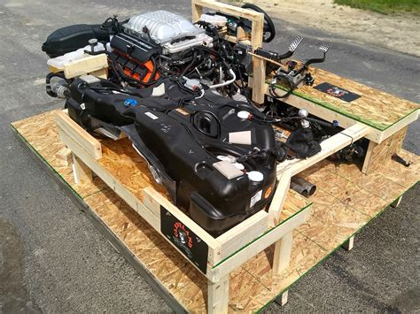 hellcat engine home of the 6 1l 6 2l 6 4l hemi turnkey pallet