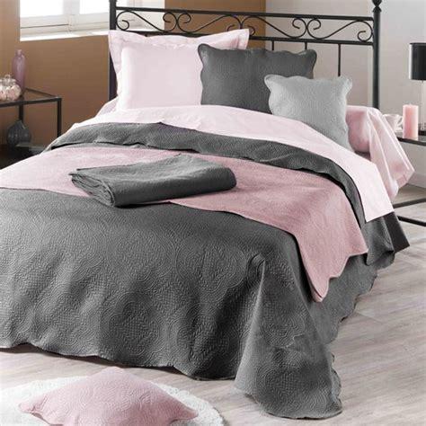 couvre lit gris anthracite couvre lit 220 x 240 cm matelass 233 anthracite couvre lit boutis eminza