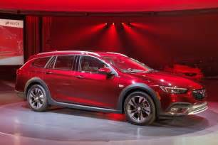 Buick Regal Pictures 2018 Buick Regal Wagon Tourx Pictures Gm Authority