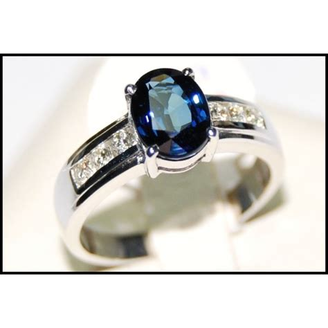 wedding solitaire 18k white gold blue sapphire