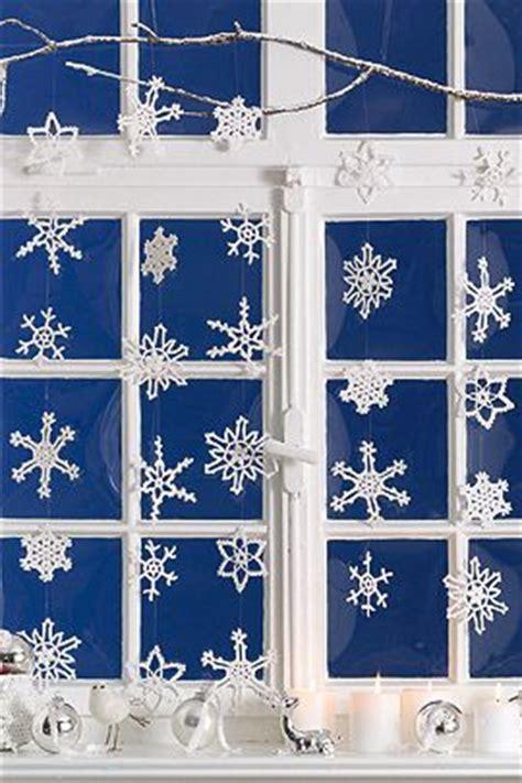 Herbst Winterdeko Fenster by 220 Ber 1 000 Ideen Zu Schneeflocken Auf