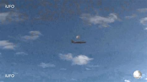 Sighting Of by Breaking News Ufo Sighting Unknown Object Near Plane