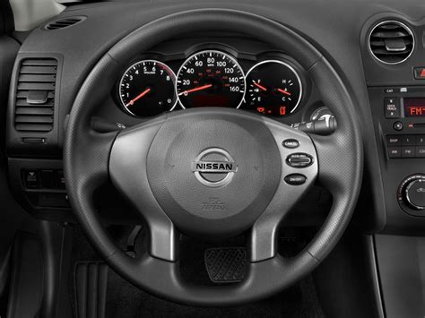 image  nissan altima  door sedan  cvt   steering wheel size    type gif